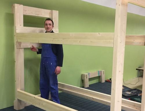 Die Holzprojekte mit Kindern und Teenagern gehen weiter
